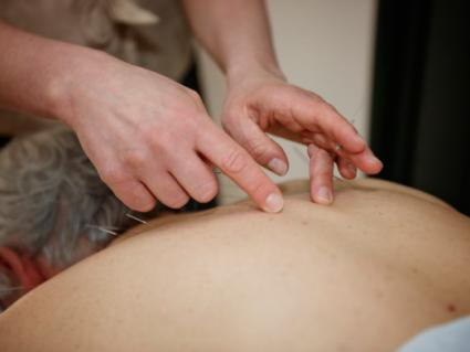 Stram-center-acupuncture